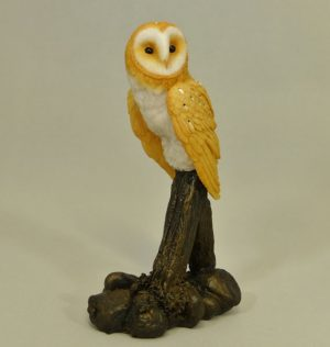 Barn Owl on Post by Bowbrook Studios