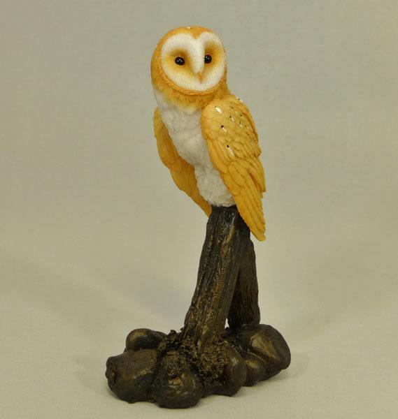 Barn Owl on Post by Bowbrook Studios